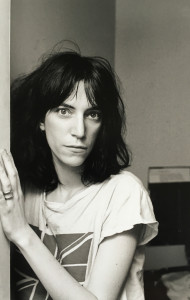 patti smith posing in doorway