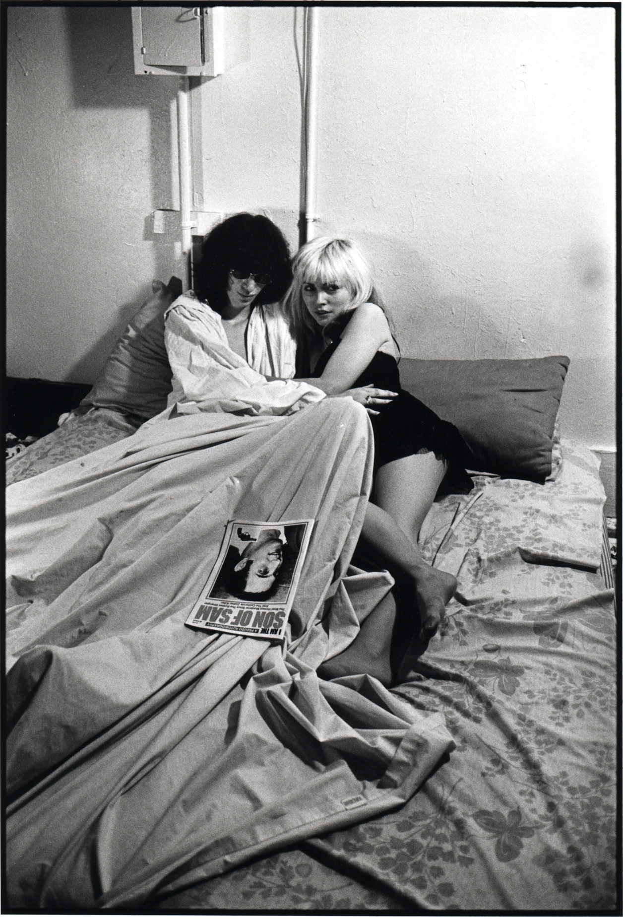 Joey Ramone and Debbie Harry, 1977.