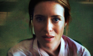 claire-foy-in-unsane