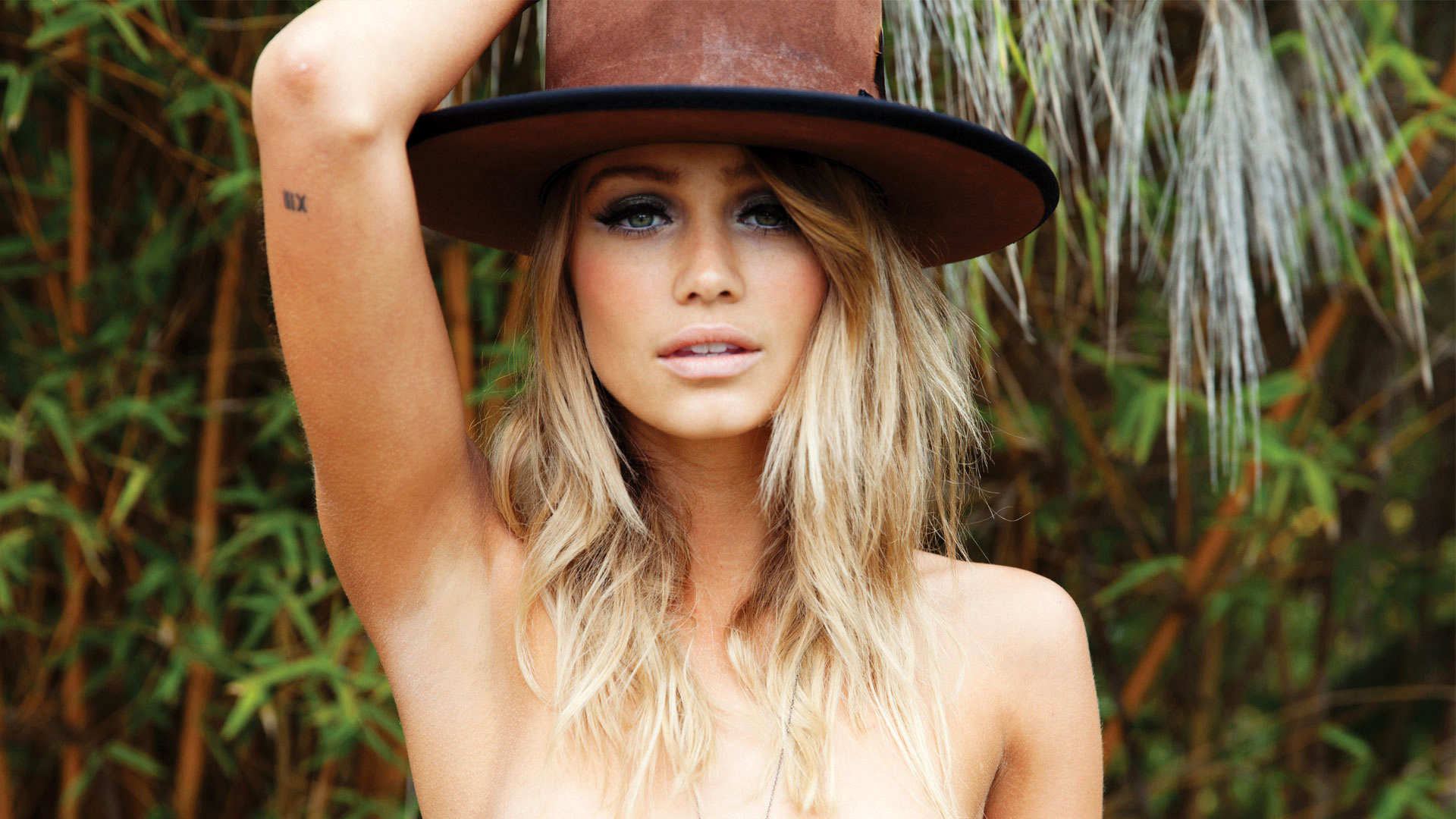 Cailin-Russo-3