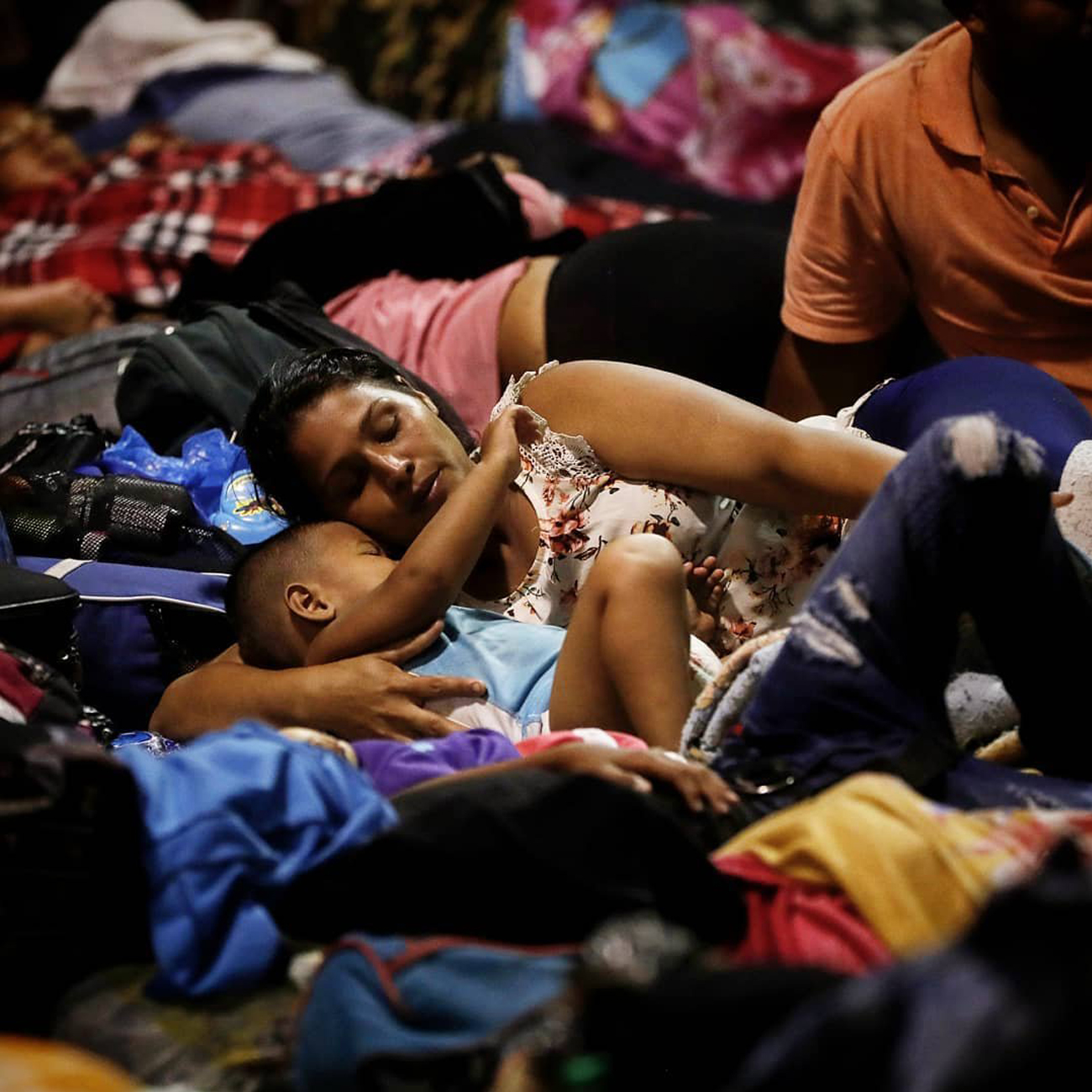 Image of the immigrant caravan from Mexico and Honduras